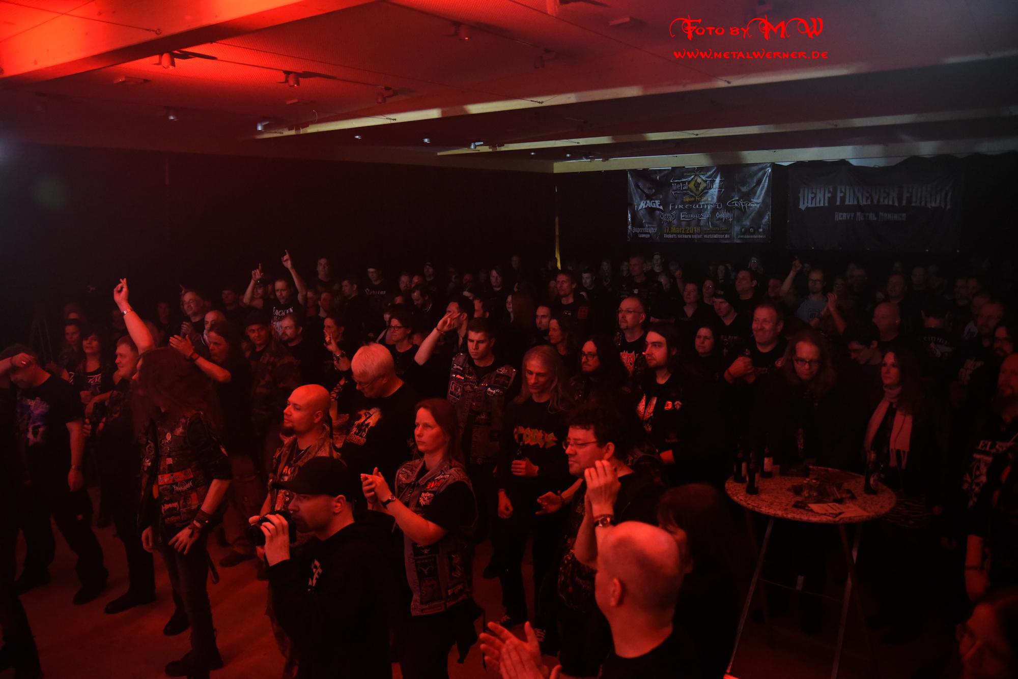 Metal fans kennenlernen